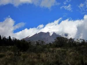 Der 1. Blick auf den Cotopaxi