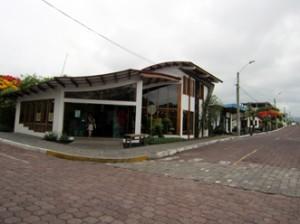 IMG 5649-300x224 in ... Galapagos!